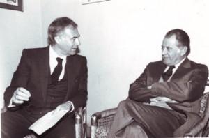 Jorge Lavandero recibe a Patricio Aylwin en oficinas del Fortín.