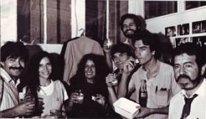 Parte del equipo de Reporteros Gráficos de Fortín Mapocho. 1989.
